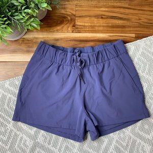 NWOT LULULEMON On The Fly Shorts in Moody Blues
